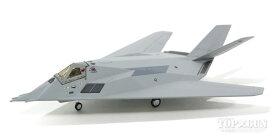 F-117A 試作機(FSD-1) アメリカ空軍 飛行試験センター 第3分遣隊 灰色塗装 81年 「スコーピオン・ワン」 #79-10780 1/2002020年9月25日未掲載品 hogan Wings/ホーガンウイングス飛行機/模型/完成品 [MF117A]