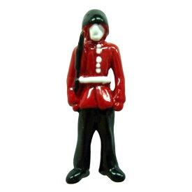ピンブローチ 近衛兵 メール便OK ピンバッジ ラペルピン ピンズ メンズ レディース おしゃれ かっこいい おもしろい ユニーク スーツ イギリス 王室 ロイヤルガード 兵隊 英国 カドガン社