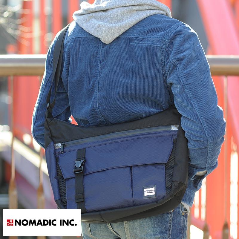 NOMADIC 舟形ショルダーバッグ 男性用 メンズ ショルダーバッグ 斜めがけ ナイロン 軽量 カジュアル おしゃれ 鞄 かばん バッグ