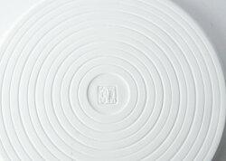 波佐見焼白磁カンナ21cmプレートΦ21×高さ1.5cmパン皿ホワイトお皿磁器電子レンジ使用可食器うつわはさみ焼トースト丸型盛り皿ギフト贈り物