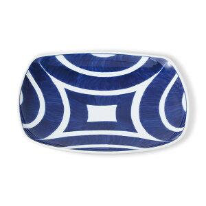 波佐見焼 インディゴクラシック 独楽 角多用皿 21.5×21.5×高さ3.5cm 柄物 ブルー ホワイト 白 青 藍色 水玉 おかず 和食器 磁器 電子レンジ使用可 パスタ皿 カレー皿 お皿 プレート はさみ焼 日