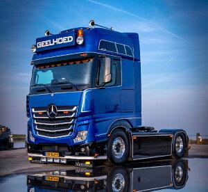 【予約】2021年1月-3月以降発売予定Geelhoed Mercedes Benz Actros Gigaspace 4x2 トラック トラクタヘッド /IMC 1/50 建設機械 模型ミニカー はたらく車