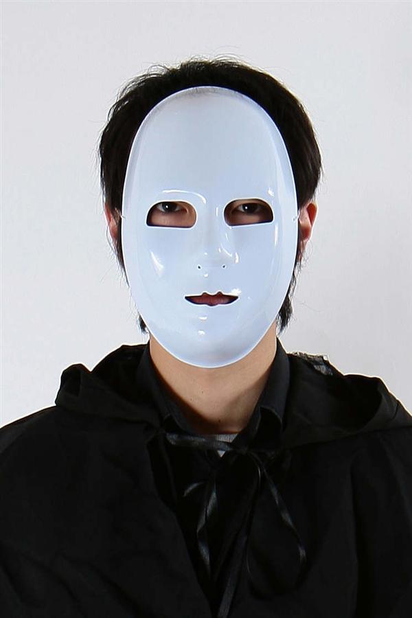 ★即納/あす楽★◆【輝け!純白仮面】◆仮面舞踏会には純白仮面。その他、会員制パーティー、極秘任務にもやはり・・・純白仮面。つるんとした光沢がリアルです。【キャラクターレプリカ】【コスプレ用品】※小型宅配便発送不可【RCP】