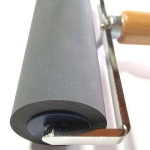 ★即納/あす楽★卓球ラバー貼り付け用ローラー【直径45mmx長さ165mm】軟質のゴムローラーで、ラバー表面を傷つけずに滑らかに転がすことができます!卓球ラケットにラバーを貼り付ける時の必需品!【卓球用品】メンテナンス/小物【RCP】02P01Mar16