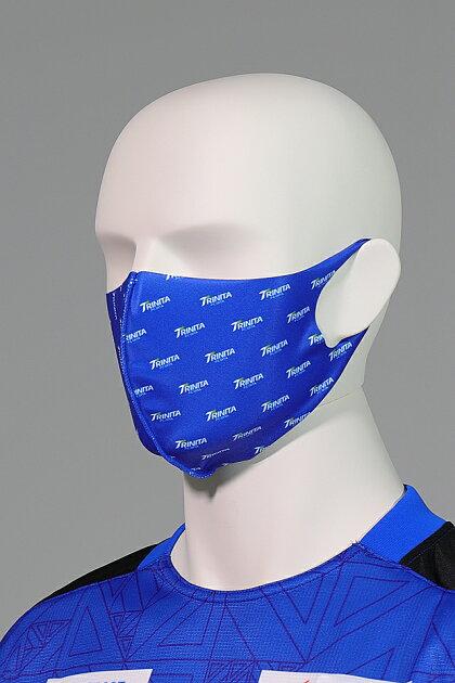 大分トリニータ快適素材の洗えるマスク(総ロゴ)着用2