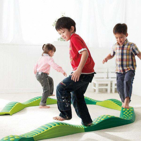 平均台 ウェイブバランス平均台(グリーン) 低床型平均台 バランス遊具