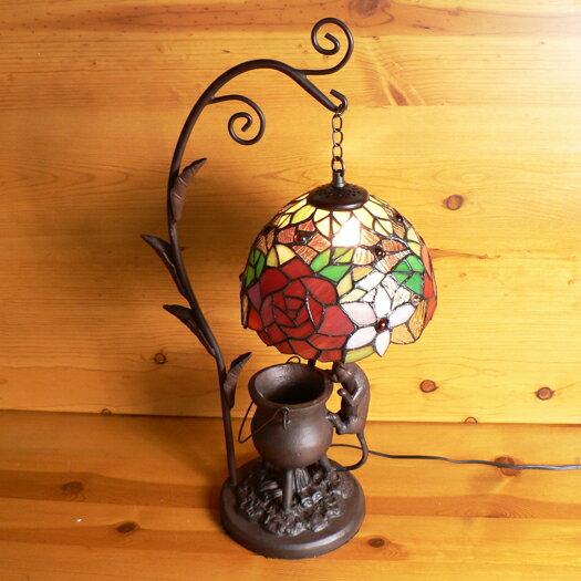 ステンドグラスランプ吊り型1アーム薔薇の花 (ロココ) こねこ(=^・^=)オブジェ付き 大型 31×h58【照明・スタンド】