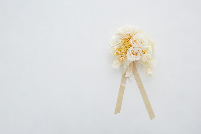 ブーケ 造花 オフホワイト イエロー ゴールド 花束挙式 チャペル 色直し 披露宴 花嫁 ブーケトス 203noa0004