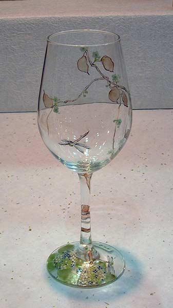 【 送料無料 】 京焼き絵付け ワイングラス(大) ギフト 蜻蛉と梅