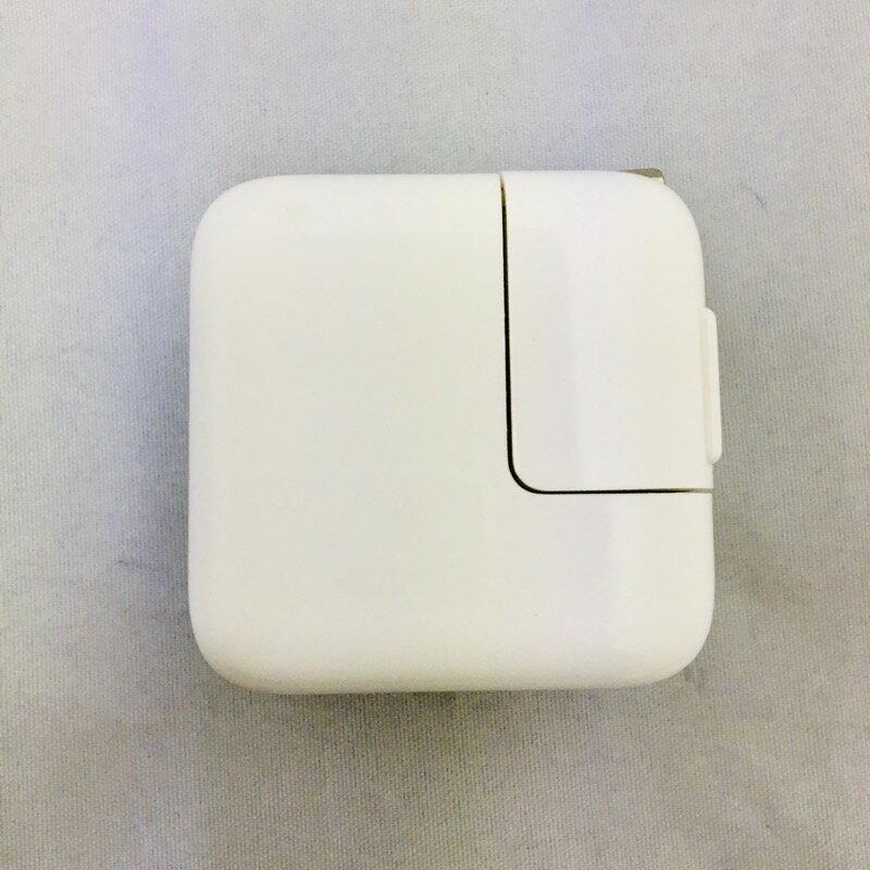 【中古】[ Apple ] Apple 純正 10W USB Power Adapter / iPad iPhone ipod などにも対応の USB 充電 アダプター 5V 2A 出力