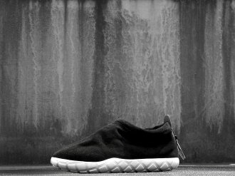 NIKE AIR MOC ULTRA(862440-001)黑色/ansurasaito/白