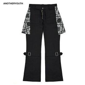 ANOTHERYOUTH (アナザーユース) PAISLEY STRAP PANTS (BLACK) [ボンテージパンツ フレア ブーツカット ボトムス ブランド バンダナ ペイズリー スキニー ストリート グランジ メンズ ユニセックス ファッション 韓国 韓流] [ブラック]