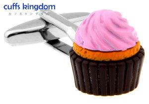 スイーツカップケーキ【ピンク色】カフスボタン【桃色 おもしろ系 男女 キュート 食べ物 スイーツ かわいい 結婚式】