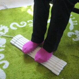 ◎森永コンパクトフットヒーター 竹踏みヒーター NA-WH1[足元ヒーター 足の冷えに足裏あったか・足裏つぼ押しにもなる竹ふみミニ ヒーター(冷え取り 足温器・省電力 足温機・フットヒーター)] 即納