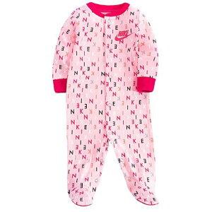 【送料無料+月末クーポン】NIKE ナイキ 女の子用NIKEテキストロゴAOP足つきカバーオール(Pink) ロンパース ジャンプスーツ パジャマ ワンピース 出産祝い 【楽ギフ_包装選択】