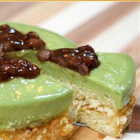 [ 抹茶&小豆レアーチーズケーキ ]新緑の抹茶と小豆ちょっぴり。渋みの中に小豆の美味しさ、和風チーズケーキです。
