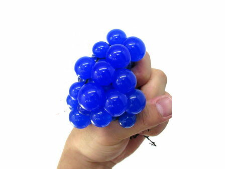 とびだす! グレープボール スクイーズ 5cm カラーランダム ぶどう メッシュ スクイーズ ボール MESH SQUISH BALL【YDKG-kd】【smtb-KD】[面白][玩具][定形外郵便、送料無料、代引不可]