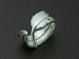 【インディアンジュエリー】【羽根/イーグルフェザー】 Silver925 フリーサイズ リング(小)