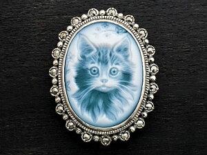 【Rokuzan×various jewelry】【舌をしまい忘れた猫の肖像画】 Silver925/メノウカメオ(緑)/マルカジット アンティークデザイン/ブローチ兼ペンダントトップ