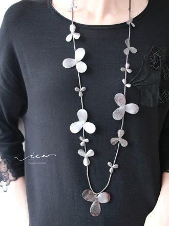 【再入荷11月30日20時より】「Vieo」連なる花のネックレス