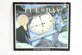 Tuesday【古本】【英語】ペーパーカバー David Wiesner