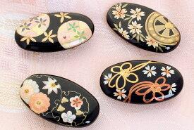 帯留 フォーマル 黒漆調蒔絵風 長丸型 〈4種類〉