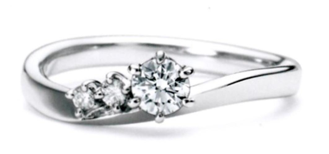 ★NINA RICCI【ニナリッチ】【新製品】6p014エンゲージリング・婚約指輪・ダイヤモンドリング
