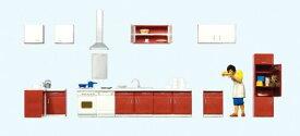 Preiserプライザー10646 キッチン家具 キッチンで料理を作る女性【HO人形】【塗装済み】【ジオラマ小物】