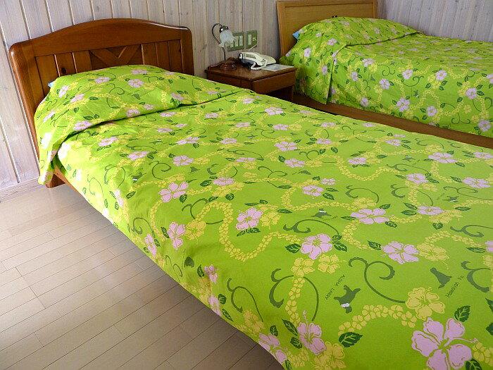 シングルサイズのベッドカバー一重の綿100%145cm×270cmゴールデンレトリバーのシルエットが入っているラリカンオリジナルカバー 日本製