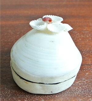 貝殻のお花付きシェルの小物入れ