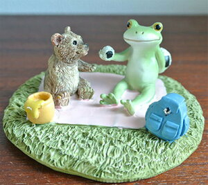 カエルとクマのピックニック