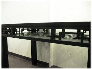 格子棚付きガラスダイニングテーブル