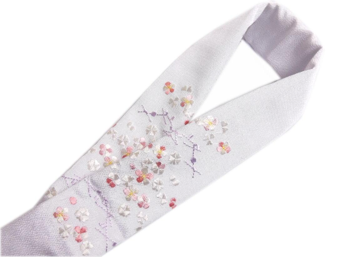 刺繍半衿半襟白色地ピンク白小花松葉 振袖成人式&卒業式袴・着物に 丹後ちりめん