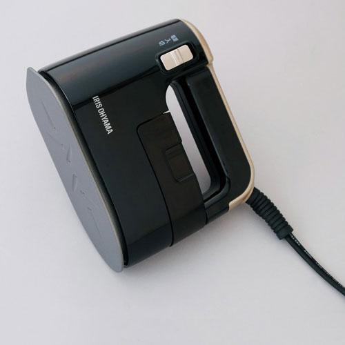 【送料無料】アイリスオーヤマ 衣類用スチーマー ブラックゴールド IRS-01-KN【smtb-u】