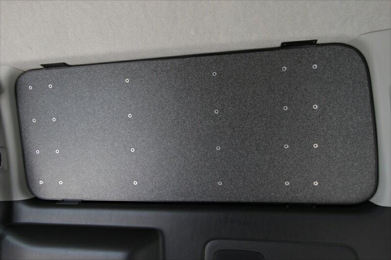 オグショー OGUshow トランポ用品 200系ハイエース New ESウィンドウパネル (ナット有) カラー:黒石目調・左右セット 車種・グレード:S-GL標準ボディ・ワイドボディ TOYOTA 200系ハイエース