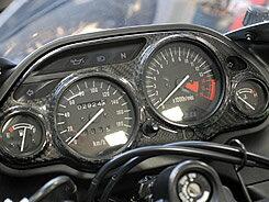 【在庫あり】Magical Racing マジカルレーシング その他メーター関連 メーターカバー 素材:綾織りカーボン ZZR1100 D ZZR400