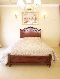 輸入家具 オーダー家具 プリンセス家具 ラ・シェル セミダブルベッド フレンチスタイル シェルの彫刻 ボトム付き メイプル色