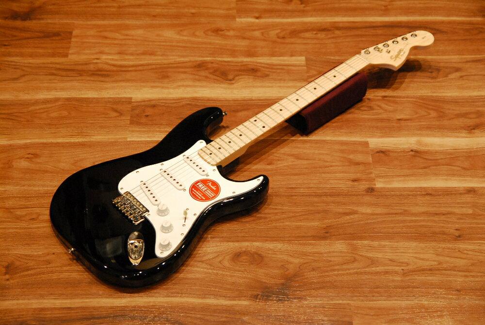 【送料無料】【チューナー付】Squier by Fender スクワイヤー [0310602506] Affinity Series Stratocaster Maple BLK(Black) ストラトキャスター/メイプル指板/ブラック/エントリーモデル/入門者向け