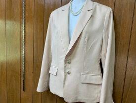 送料無料 ジャケット パールとラインストーンのキラキラ釦が可愛い 薄ベージュ M、