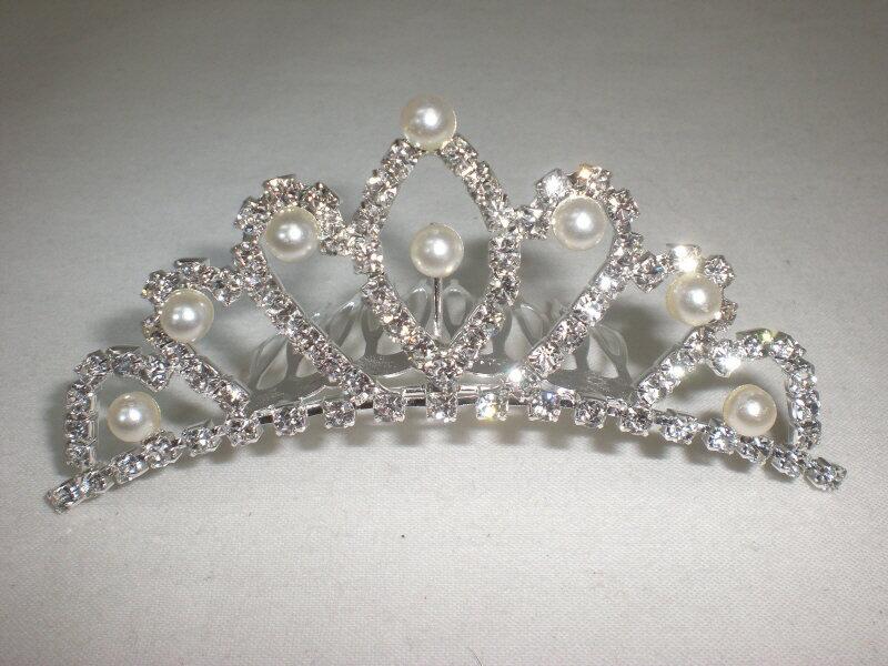 訳あり 送料無料 ウエディング 可愛い ティアラ ラインストーン パール付き 王妃