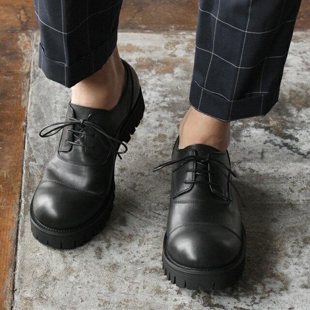 【whoop'-de-doo' フープディドゥ】ラウンドトゥストレートチップシューズ 軽量 厚底 オデコ靴 378182