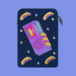 Laptop Sleeve - Happy Song Radio ノートパソコン ケース ポーチ PCケース パソコンケース サイズ 13インチ 15インチ 可愛い かわいい おすすめ 韓国 人気