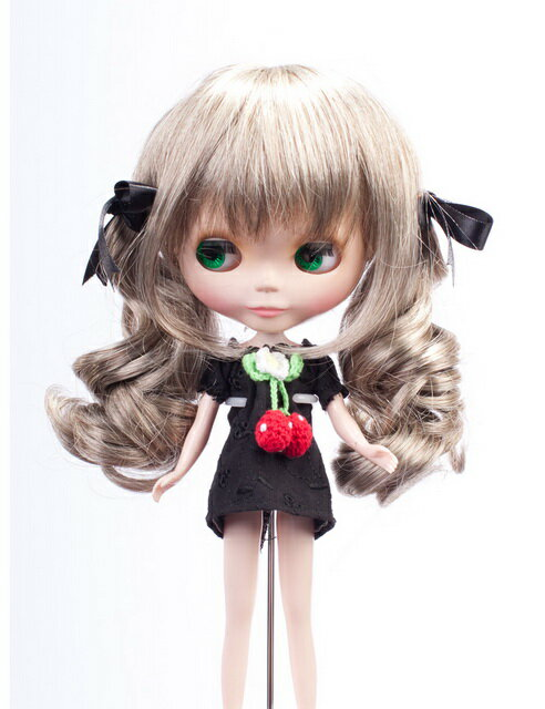 【Wigs2dolls】人形・ドールウィッグ/B-130/ミディアム/Blythe/ブライス/オリジナル/人気商品/撮影にも/おもちゃ【楽天BOX受取対象商品】