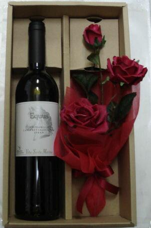 ♪ワインの贈り物 かわいいお花を添えて♪エクウス<赤>【送料無料】【楽ギフ_包装】【楽ギフ_のし】【楽ギフ_のし宛書】 ワイン 赤ワイン ギフト お祝い 誕生日