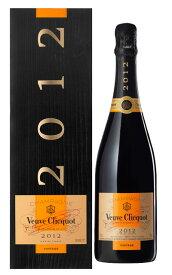 【箱入】ヴーヴ クリコ ブリュット ヴィンテージ 2012 (ヴーヴ クリコ) (ヴーヴクリコ) (ブーブクリコ) (ルイヴィトングループ) AOCミレジム シャンパーニュ 豪華ギフト箱入 ワインアドヴォケイト 92点 フランス 白 泡 辛口 シャンパン ワイン 750ml
