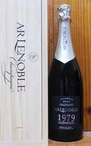 A.R.ルノーブル グラン クリュ コレクション レア ヴィンテージ 1979年 正規品 ブラン ド ブラン 超限定セラー出し秘蔵品 豪華木箱入りA.R Lenoble Grand Cru Collection Rare Brut Chouilly 100% Millesime 1979 Blanc