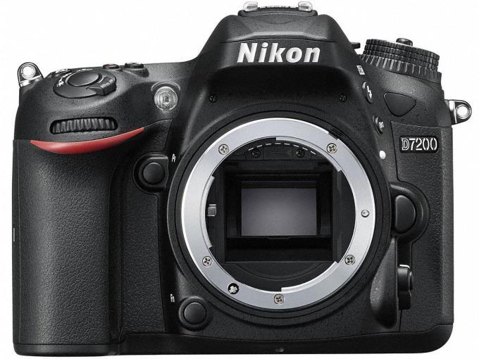 NIKON デジタル一眼カメラ D7200 BODY