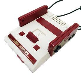 【中古】【CLV-S-HVCC】Nintendo 任天堂ニンテンドークラシックミニ ファミリーコンピューター【商品ランク】☆☆☆☆/中古良品/細かなキズやテカリ、汚れがありますが、多少の使用感のみで状態の良い中古品です。【中古保証書付き】【88】