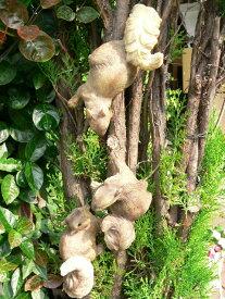 りすの置物 木登りリス3匹セット N11122 動物 オーナメント ガーデン オブジェ 庭 置物 雑貨 インテリア マスコット