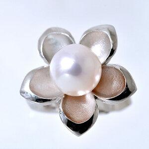 ジャケットスタイルに〜 あこや真珠 フラワーモチーフ パールクリッパー(クリップ式ブローチ) ホワイト系 8.5-9.0mm BBB シルバー(silver) 【受注発注品】[n5](プレゼント ギフトに) (母の日)
